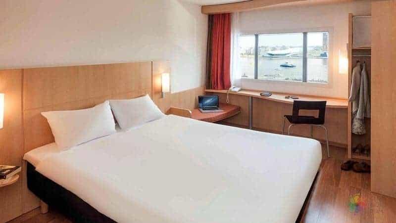 ibis otel fiyatı Amsterdam'da nerede kalınır