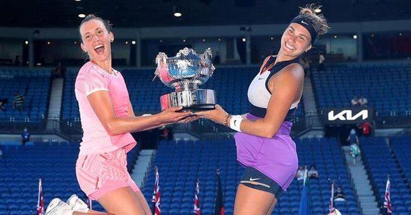 Avustralya Açık çift kadınlarda şampiyon Mertens-Sabalenka!